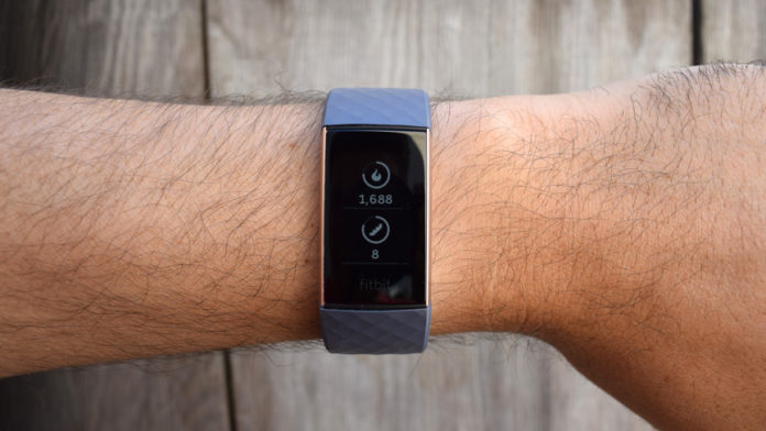 Fitbit Charge 3 обзор