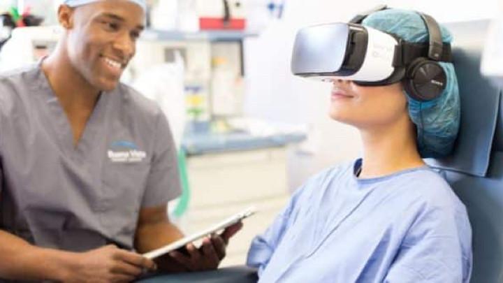 Как облегчить боль в мышцах после тренировки : может ли виртуальная реальность спасти нас от боли?