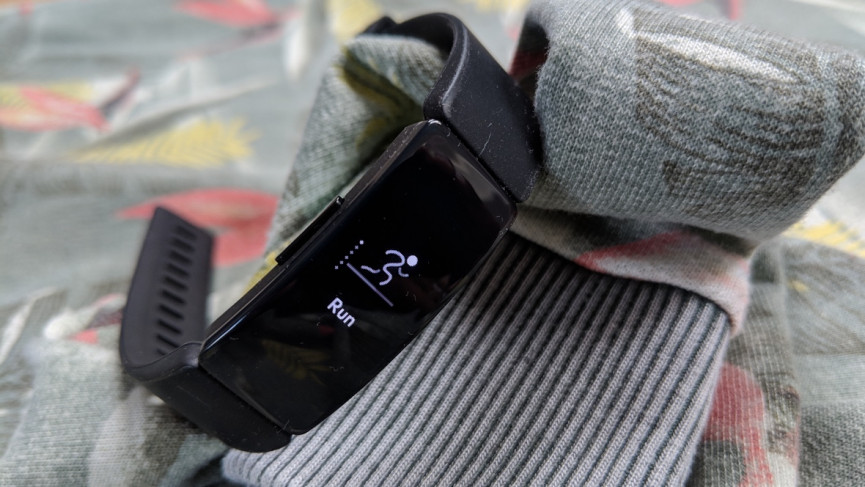 Fitbit Inspire HR обзор одного из лучших фитнес-трекеров