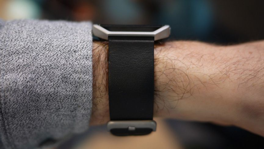 Полный обзор и характеристики Fitbit Blaze
