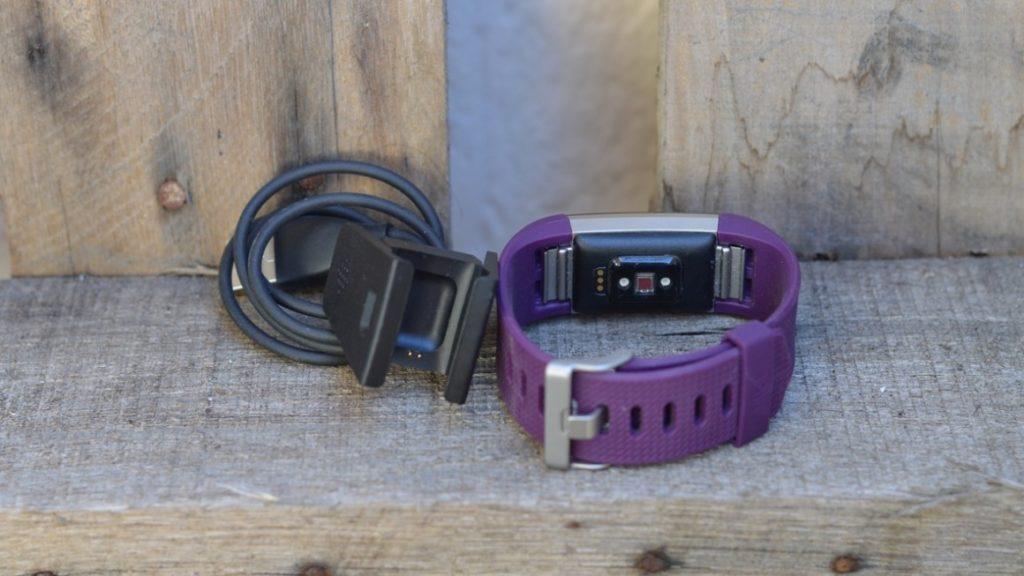 Обзор и характеристики Fitbit Charge 2