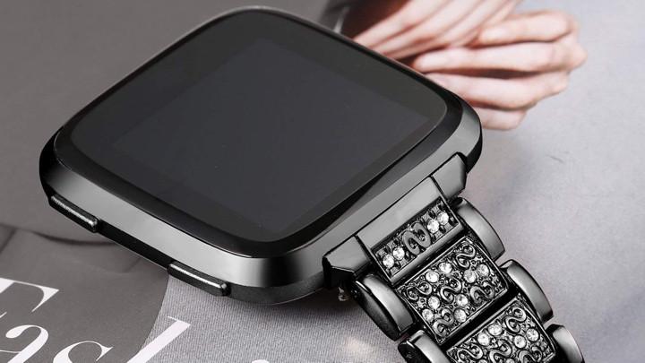 Лучшие модные ремни Fitbit Versa: стильный дизайн за меньшие деньги